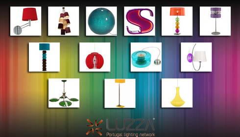 Add color with light: Casa  por LUZZA by AIPI - Portuguese Lighting Association