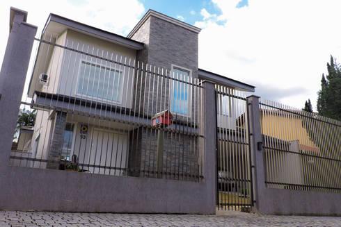 Casa RM53: Casas modernas por Cecyn Arquitetura + Design