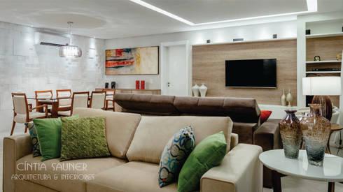 estar: Sala de estar  por Cintia Sauner Arquitetura e interiores