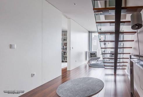 Paço da Alameda: Corredor, hall e escadas  por EPphotography
