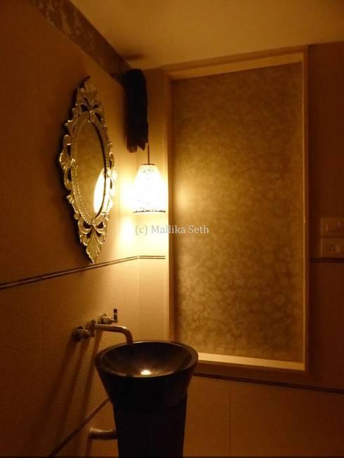 Interiors for a Villa at Ferns Paradise, Bangalore: industrial Bathroom by Mallika Seth