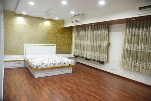 Deshmukh Residence: minimalistic Bedroom by Ornate Consultants