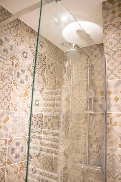 Ванные комнаты в . Автор – Blue Interior Design