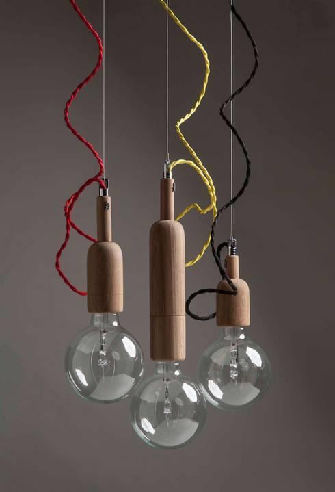 Línea Vella: Comedores de estilo industrial por Mags Design