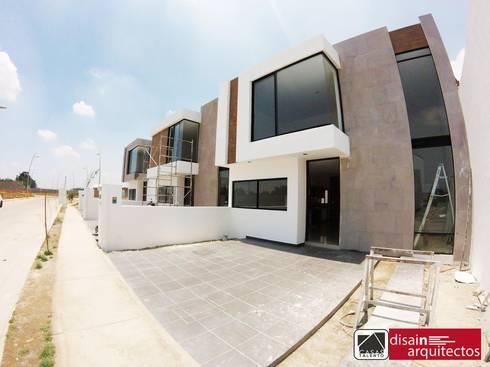 Casas Talento 2N ( ENA, STIRI, BELA): Casas de estilo moderno por disain arquitectos