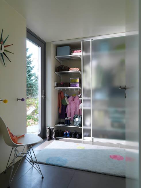 Dressing room by Bauer Schranksysteme GmbH