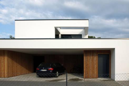 einfamilienhaus mit einliegerwohnung von viktor filimonow architekt in m nchen homify. Black Bedroom Furniture Sets. Home Design Ideas