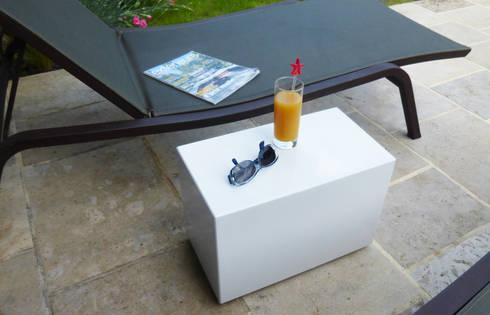bout de canap indoor outdoor sur roulettes dissimul es. Black Bedroom Furniture Sets. Home Design Ideas