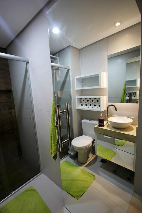 Apartamento AD: Banheiros  por Tejo Arquitetura & Design