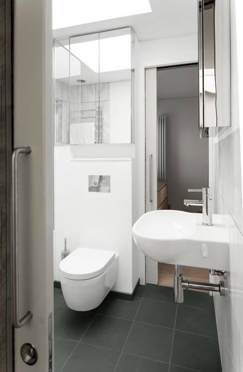 modern Bathroom by London Atelier Ltd