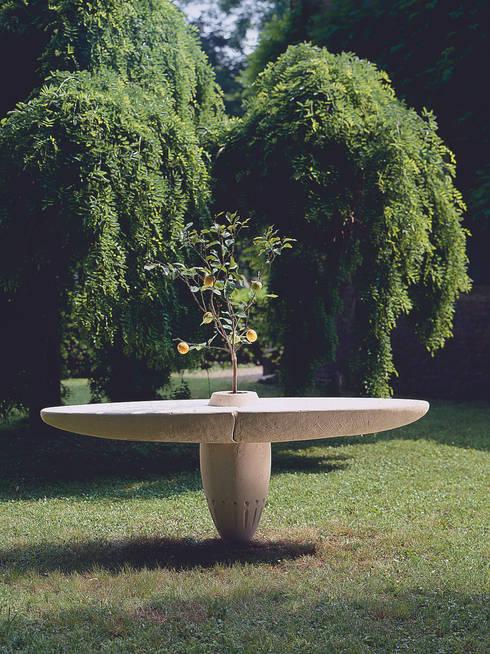 Garden  by Laboratorio del Marmo