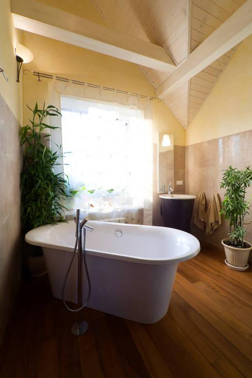 Ванная: Ванные комнаты в . Автор – Бюро9 - Екатерина Ялалтынова