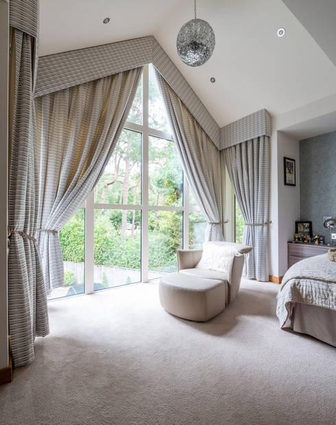 David James Architects & Partners Ltd: klasik tarz tarz Yatak Odası
