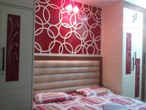 INTERIOR: modern Bedroom by LEADING EDGE