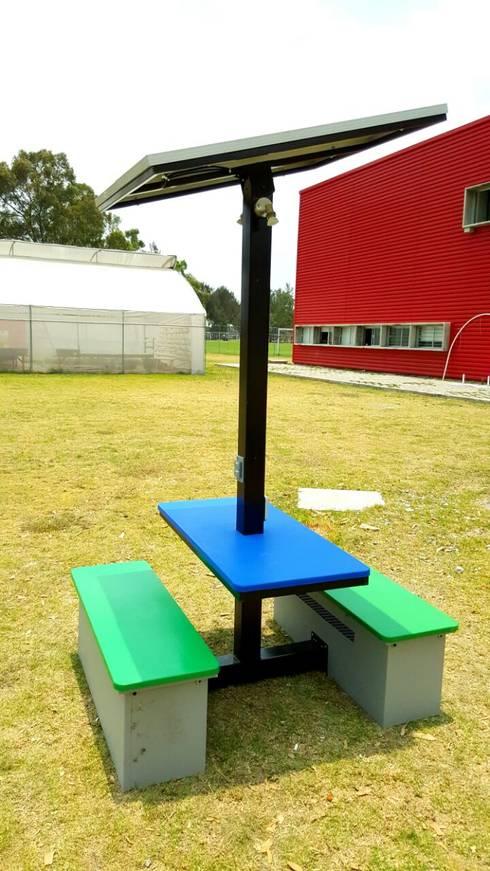 Kiosco solar: Casas de estilo moderno por Vumen