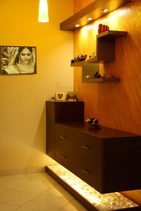 DABYN RESIDENCE: modern Bedroom by Rubenius Interiors