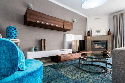 Moradia 20 Algarve: Salas de estar modernas por Atelier  Ana Leonor Rocha