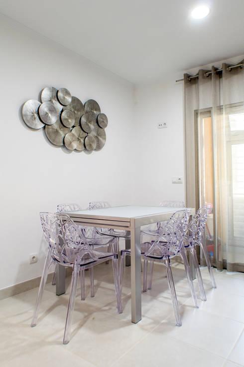 Moradia 20 Algarve: Cozinhas  por Atelier  Ana Leonor Rocha