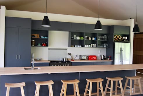 Project : Carrick: modern Kitchen by Capital Kitchens cc