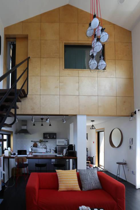 Kitchen by 아키제주 건축사사무소