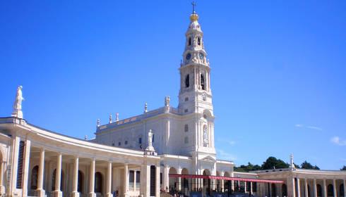 Reabilitação Santuário de Nossa Senhora do Rosário de Fátima: Janelas   por BauStahl, Lda