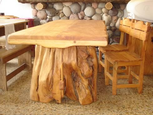 Mesas de madera maciza de enrique ramirez muebles - Muebles artesanales de madera ...