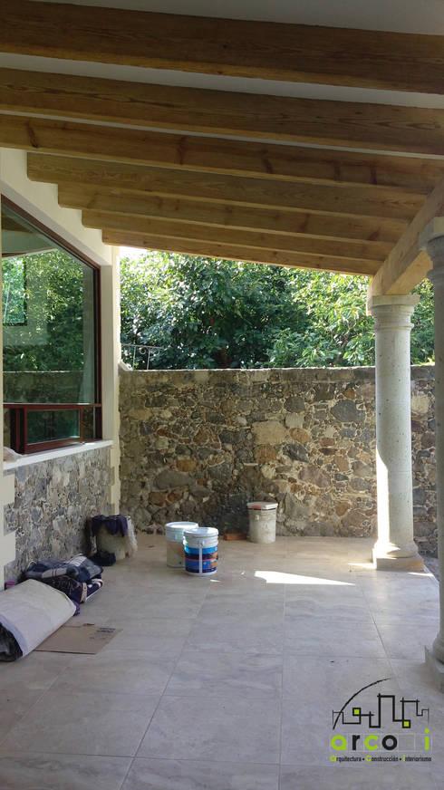 Casa de Descanso y Temazcal: Casas de estilo colonial por ARCO +I