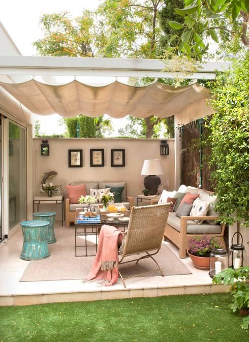 Jardines de estilo  por P.T DECORACION