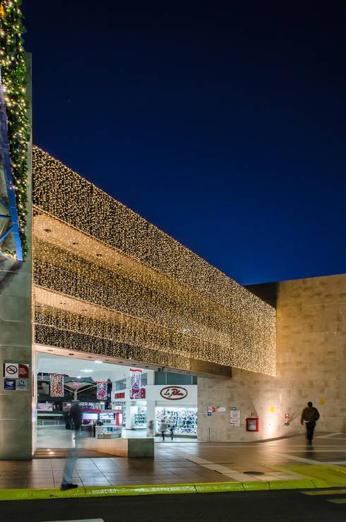 C.C. Villasucion :  de estilo  por Oscar Hernández - Fotografía de Arquitectura