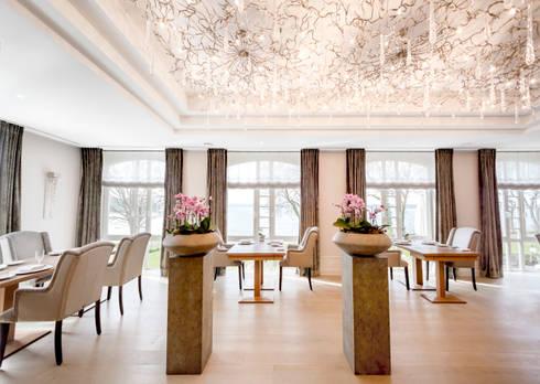 Luxury Hotel Project in German: Hotéis  por Serip Organic Lighting