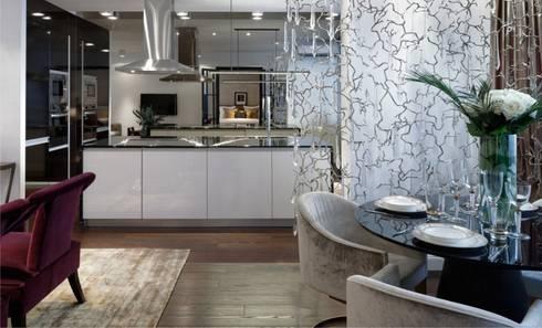 Moscow Apartment: Sala de estar  por Serip Organic Lighting