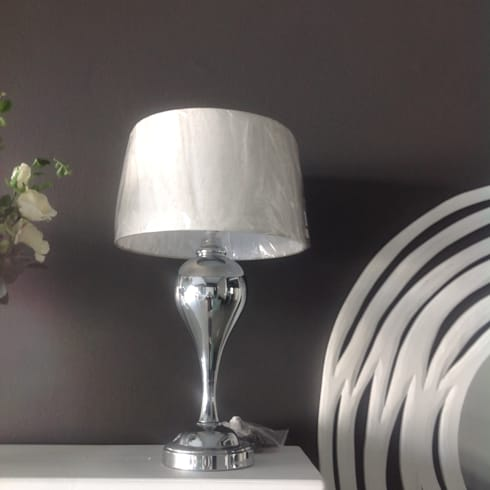 Lighting: classic Bedroom by Zoë Décor