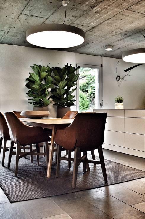 Esstisch  SOLIDMADE   Design Furniture: MALIN Esstisch und EILERT ...