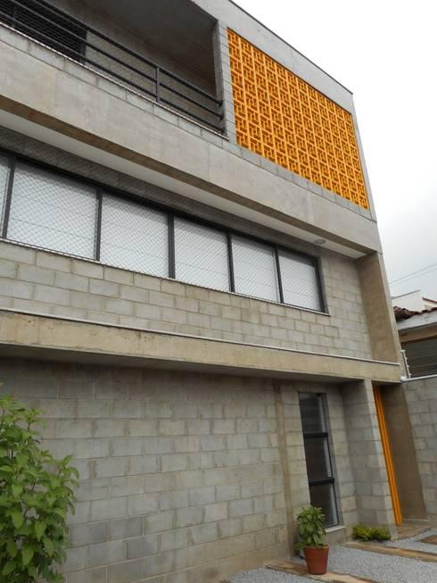 Casas de estilo  por Metamorfose Arquitetura e Urbanismo