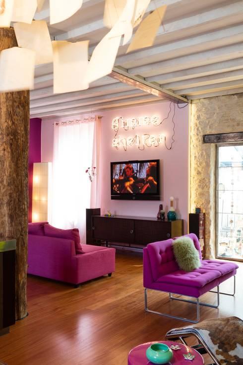 Salas de estilo  por Agence d'architecture intérieure Laurence Faure
