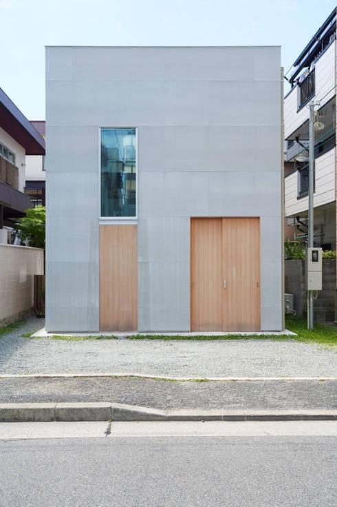 บ้านและที่อยู่อาศัย by 松浦荘太建築設計事務所