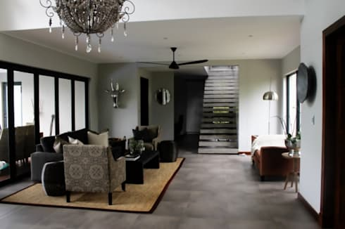Simbithi Eco Estate 2: classic Living room by Margaret Berichon Design