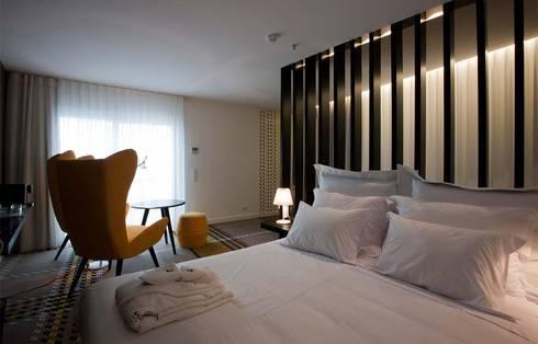 MAÇARICO BEACH HOTEL ****: Hotéis  por Tralhão Design Center