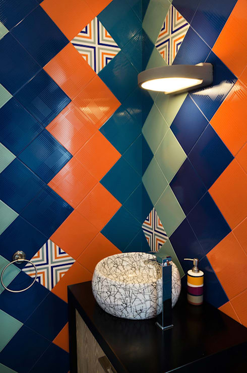 Casa Hornacina - VMArquitectura: Baños de estilo  por VMArquitectura