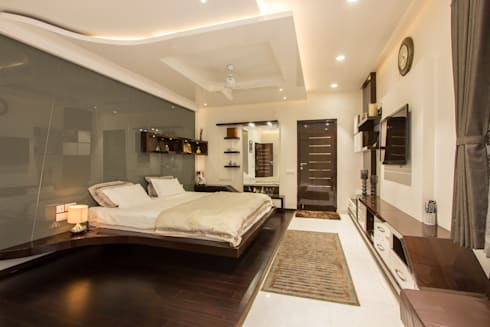 Contermporary Elegance: modern Bedroom by A360architects
