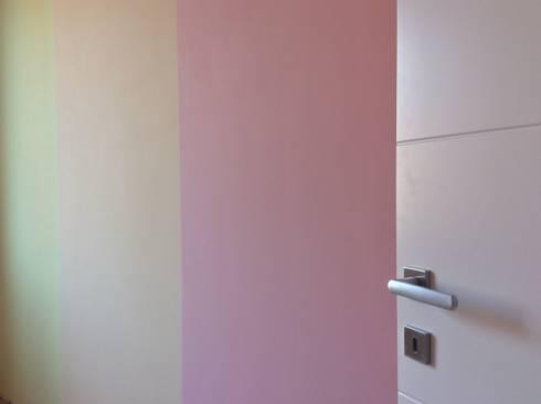 Casa AM: Camera da letto in stile in stile Moderno di CAFElab studio