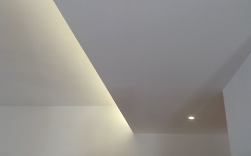 Casa Caffarella: Ingresso, Corridoio & Scale in stile in stile Moderno di CAFElab studio