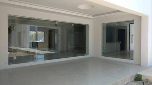 Terraza:  de estilo  por Base cubica Arquitectos