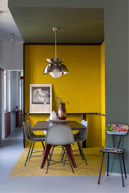 PROMENADE: Sala da pranzo in stile in stile Moderno di SCEG ARCHITECTS