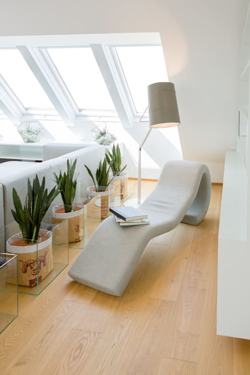 Leseecke: moderne Wohnzimmer von Kathameno Interior Design e.U.