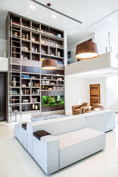 Salas de estilo moderno por Camila Castilho - Arquitetura e Interiores
