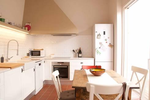 Nhà bếp by Brick construcció i disseny
