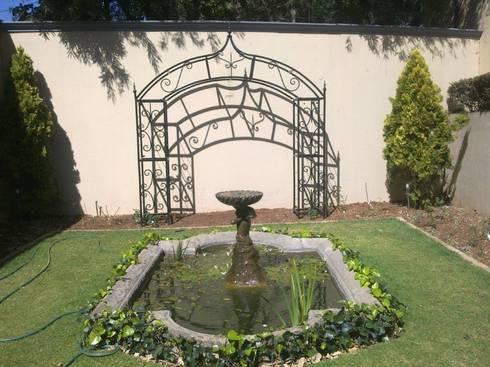 STEEL TRELLIS:  Garden  by Oxford Trellis