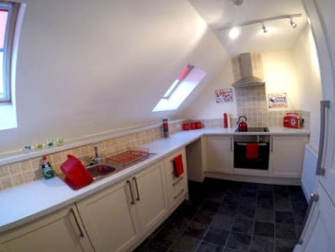 THE OLD BREWERY SHOWHOMES: modern Kitchen by Interiors at Nine to Eleven