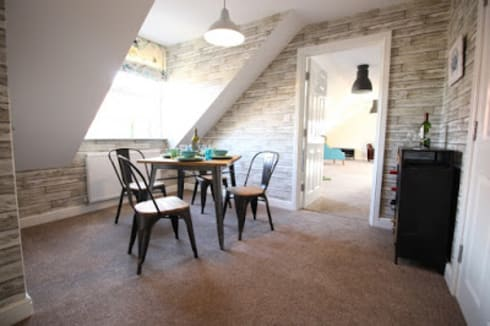 THE OLD BREWERY SHOWHOMES: modern Dining room by Interiors at Nine to Eleven